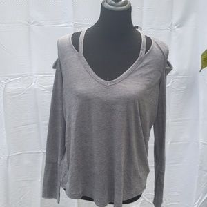 Express grey peekaboo shoulder cotton top medium
